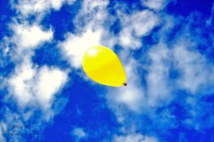 Yellow balloon by AmyTak