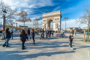 free morning in Paris by Rikitza