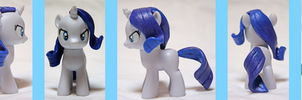 Custom Pony: Filly Rarity and Her Dumb Rock by frostfire14