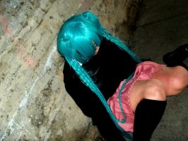 Miku *Rolling Girl* Cosplay Photo #4 by jessthecase88