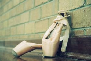 Ballet: Pointe Shoes I by angiepantz