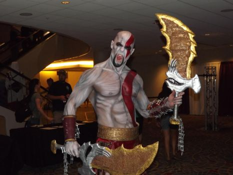 God of War Cosplay- Kratos by LocsAlike