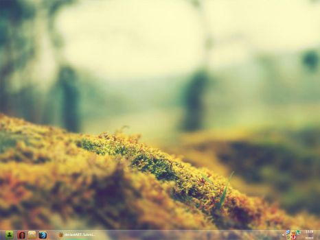 Aero Taskbar Xp Style 16 (only 1152 x 864) by RadixFlumen