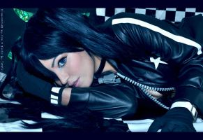 Black Rock Shooter  - I by TenchiMuyou