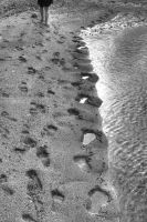 Footprints On The Beach by erene