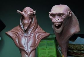 Alien and primate by BOULARIS