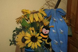 autumn decoration with bee by ingeline-art