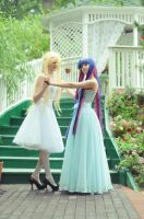 Panty and Stocking in bridesmaid dresses :3 by otonashis