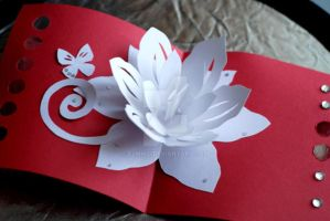 Floral pop-up card by Elmiko