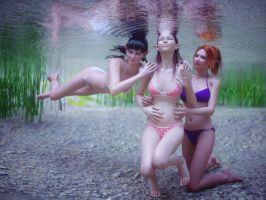 Swimming in late summer 3 by pnn32