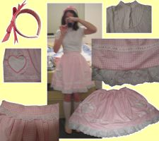 Lolita Skirt by wolfypuppy