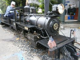Miniature train by scifiguy9000