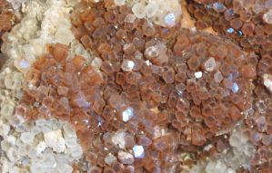 Huge Aragonite CloseUp by Kattvinge