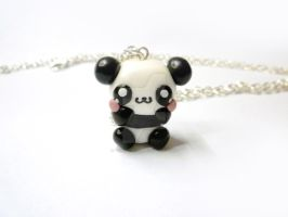 Kawaii panda necklace by TenereDelizie