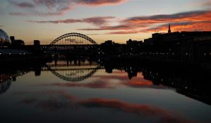 sunset on the tyne by awjay