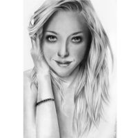 Amanda Seyfried by Adri90