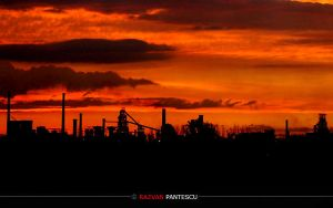 Industrial sunset.., by razvanx