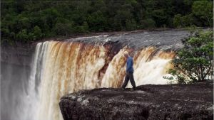 Jeremy Wade - Kaieteur Falls by pollo0389