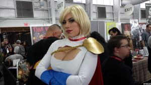 Powergirl.. arm-cross.. pose...NOW! by Kitedot