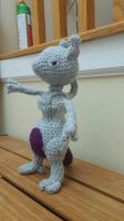 Mewtwo Left by Brokenangelr