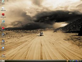 My desktop by scoubo
