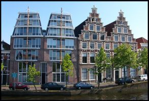 Old and new houses in Haarlem by Esperimenti