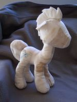 first plush by Lardon-Draconis