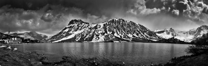 Dark mountain by DrOfPhotography