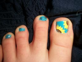Sunflower Toe Nails by QueenAliceOfAwesome