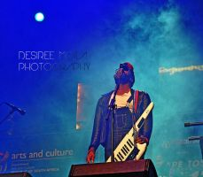 ROBERT GLASPER AND THE EXPERIMENT by Dezziree