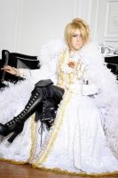 Kamijo white by Squalo-Superbia