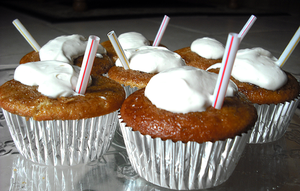 Root Beer Float Cupcakes by Windnstorm