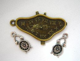 Time is ticking out by ItSurroundsMe