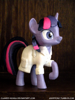 Lab Coat Twilight 3D Print by Clawed-Nyasu