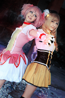 Madoka and Mami by meke-meke