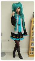 Hatsune Miku Cosplay by PeachMilktea