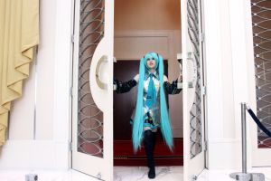 Make Way for the Diva by vocimecosplay