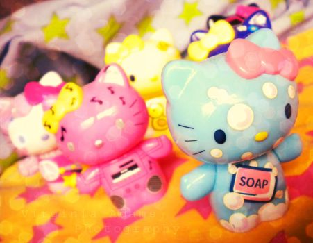 Hello Kitty Army by paperdolldreams