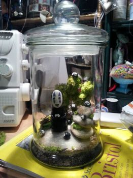 No Face Terrarium by electricnomad