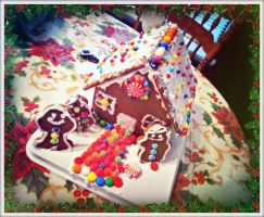 First time making a ginger bread house by LATINAAM0R