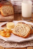 Cinnamon bread with pear jam by kupenska