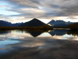 Glenorchy, early morning by starsong-photo