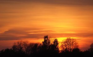 Sky on fire by thierry-eamon