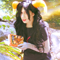 .:Cosplay:. Reading by PutNameHere