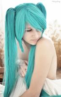 Hatsune Miku by KittyStrife