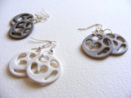 Coalesco Ceramic Earrings by Itherin