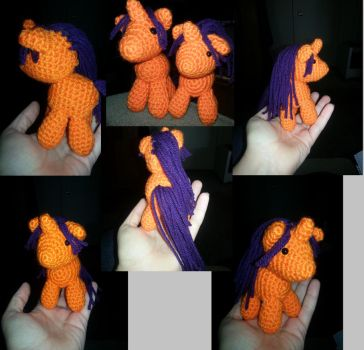 Finished Pony Amigurumi by GlitterFox