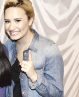 Demi Lovato Icon   Tumblr by MyHappinessLaali