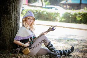 Me as Spellthief Lux by Maddylol91