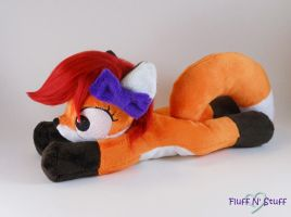Floppy Vicki Fox Plush by SailorMiniMuffin